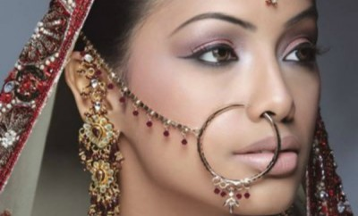 mb bindi traditional4 resiz2