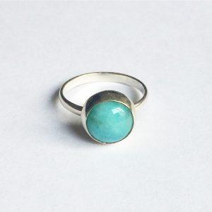 zilver ring met edelsteen